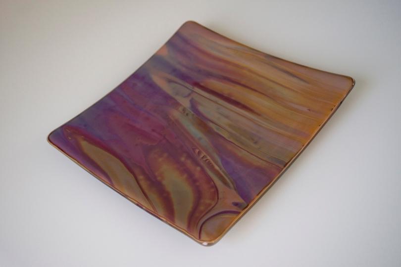 Swirled plate