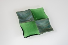 "7x7"" 4-square serving dish in green and caramel"